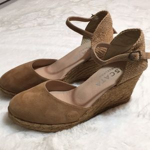 Viscata Barcelona size 9 wedge